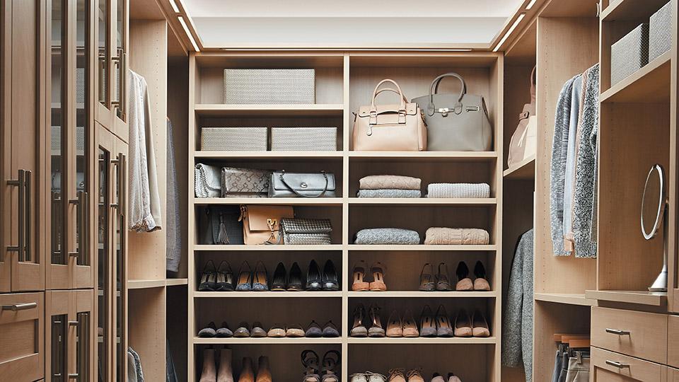 Custom Closet Designers & Professional Organizers