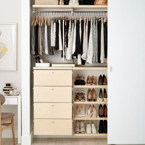 843w-elfa-inspiration-reach-in-closets-05-B