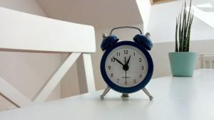 alarm-clock-classic-clock-1179476