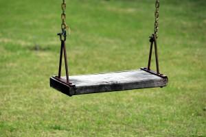backyard-chain-grass-274679